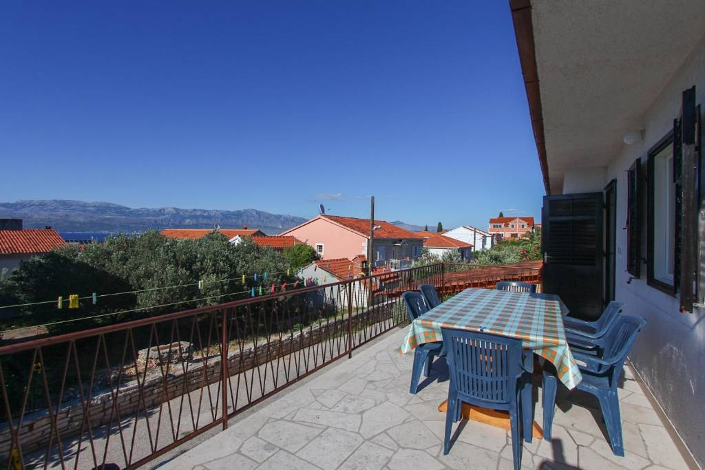Otok Brač  Supetar - Apartmani Miro - 3 Bedroom apartment: