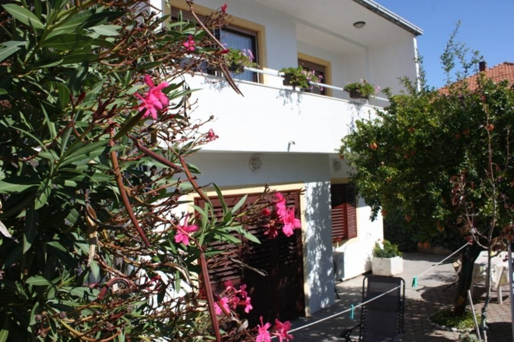 Apartmani Petri - close to the sea:, Tisno - Otok Murter