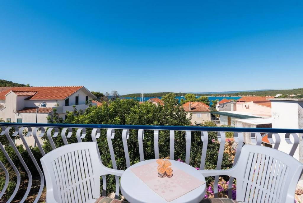 Poluotok Pelješac  Lovište - Apartmani Ljube - quiet location & close to the be