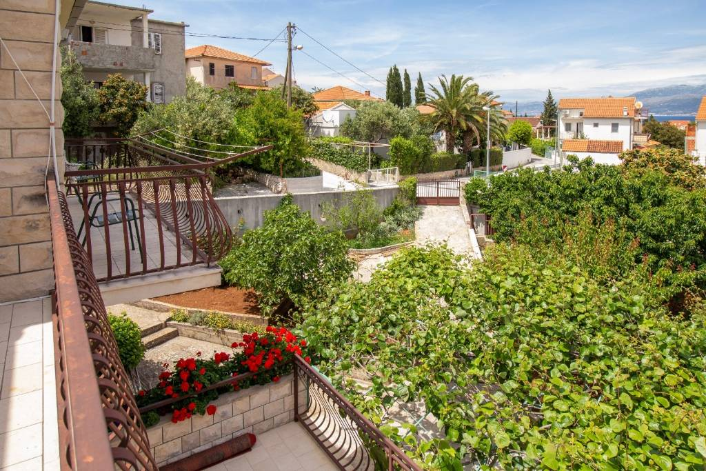 Otok Brač  Supetar - Apartmani Dušan - Apartments with grill: - Apartman 1