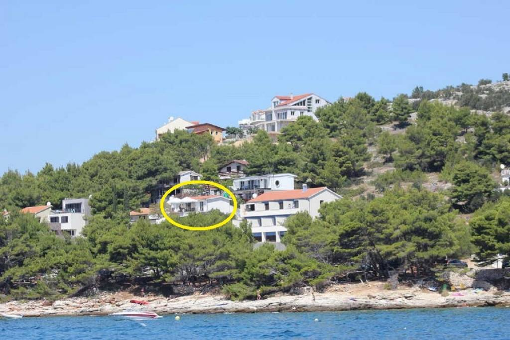 Apartmani Ema - 30m from the sea , Murter - Otok Murter