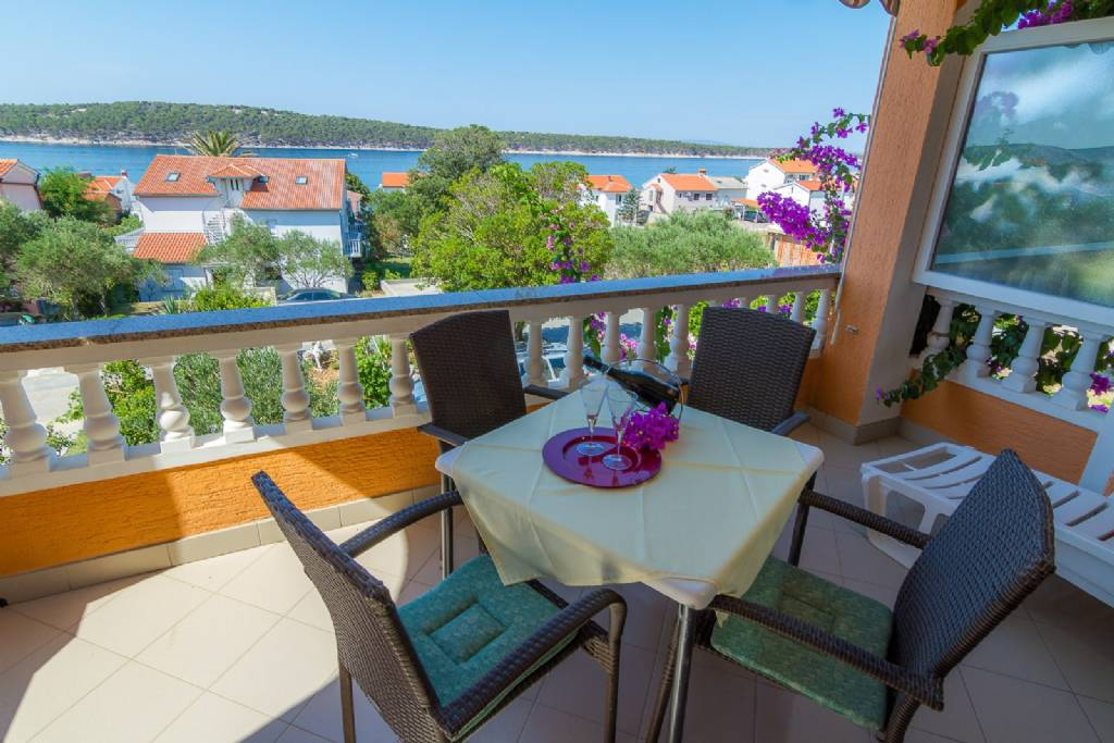 Apartmani Anđela - 80 m from beach : , Barbat - Otok Rab