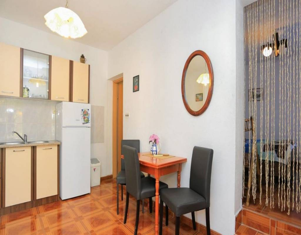 Otok Čiovo  Slatine - Apartmani Rosa - with parking :  - Apartman Studio 2