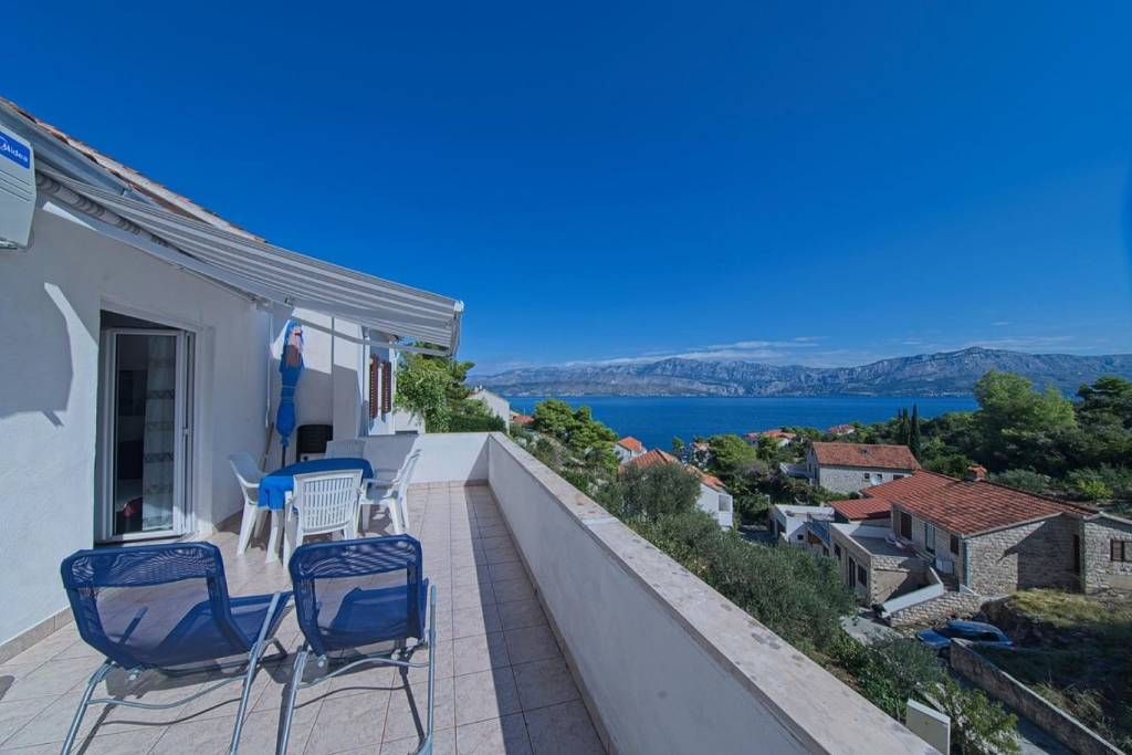 Otok Brač  Postira - Apartmani Pavlo - beautiful sea view: