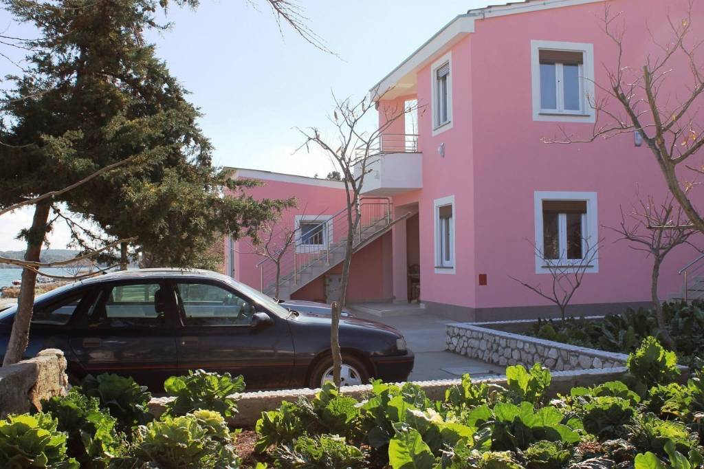 Dugi otok  Veli Rat - Apartmani Zvone1  - at the water front: