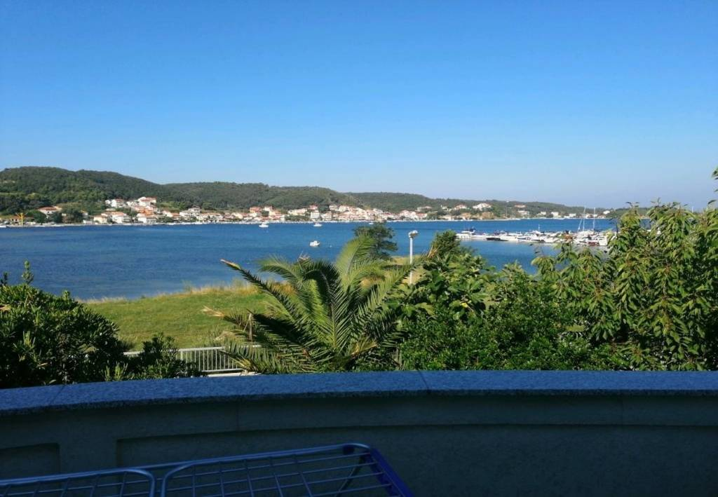 Apartmani Irena - 100 m from sea:, Supetarska Draga - Otok Rab