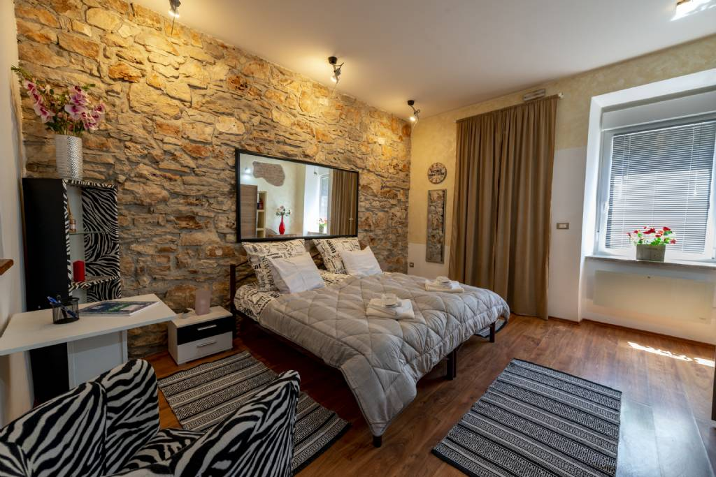 Pula - Appartement Chambre - Apartman Total look ..