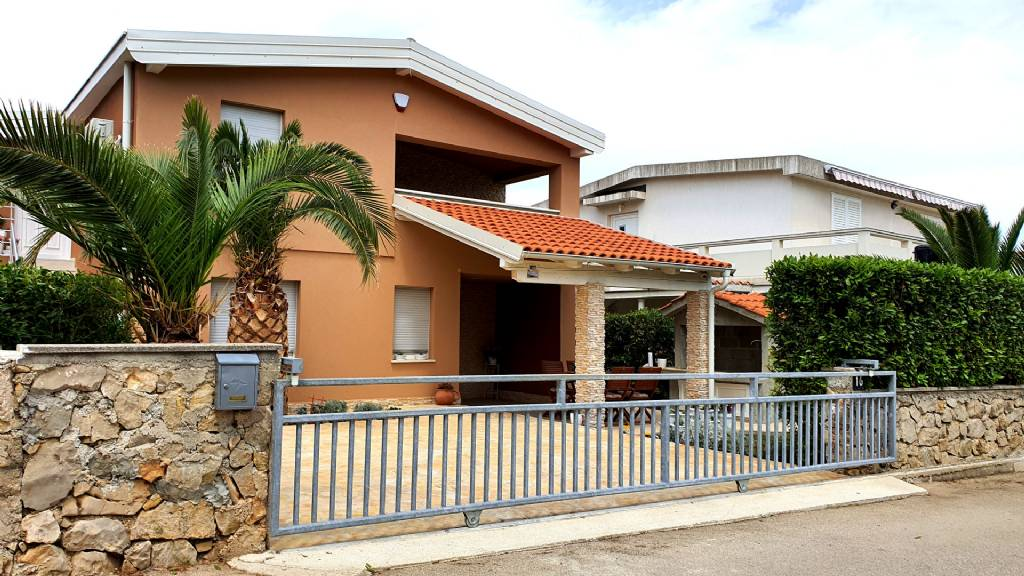 Vir Vir - Apartman Szoba - Happy Pineapple apartments ..